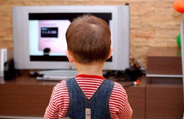 胡小师:不看电视不玩电脑孩子寒假怎么过?一招学会让孩子爱上阅读的好方法!